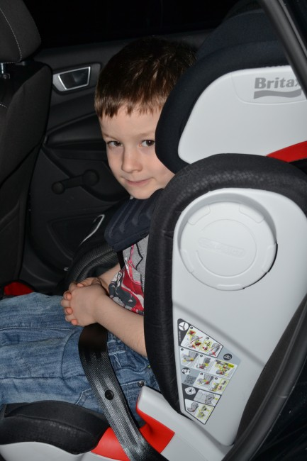 britax kidfix xp sict car seat review. Black Bedroom Furniture Sets. Home Design Ideas
