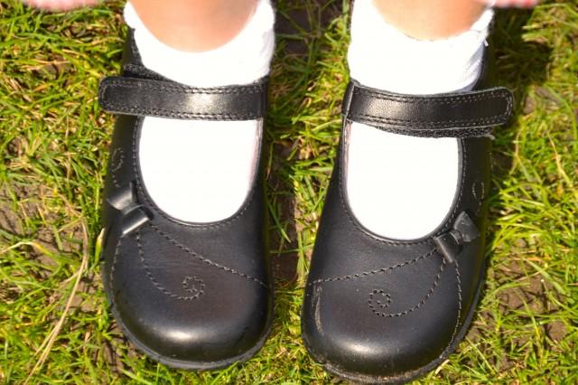start rite school shoes