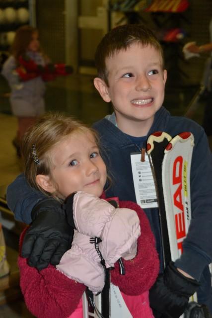 kids in ski gear