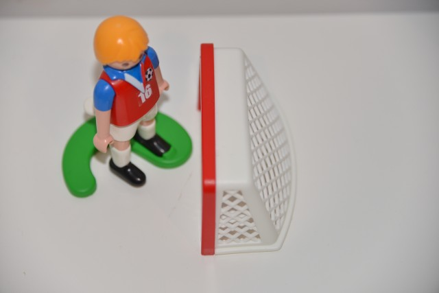 Playmobil Easter egg footballe