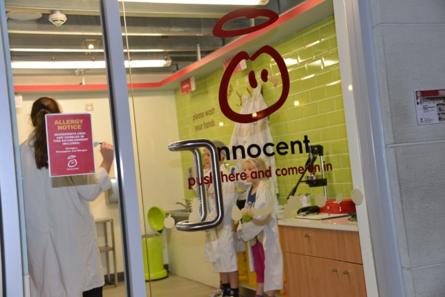 innocent smoothie KidZania