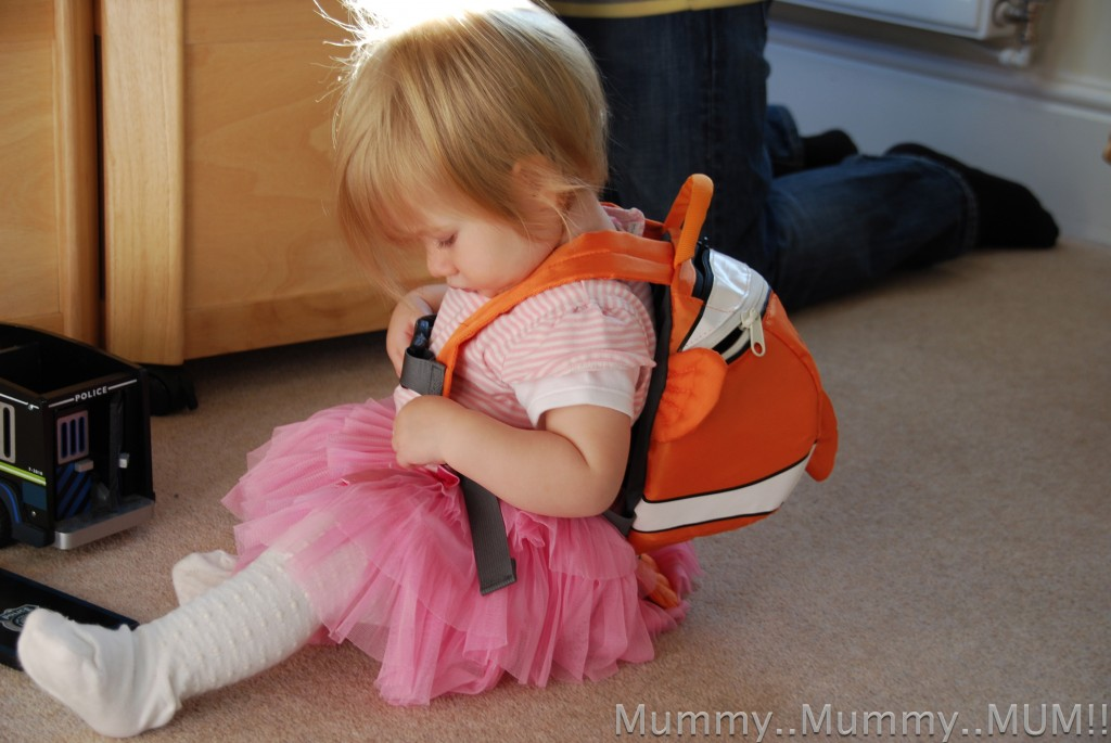bfb1ad8493c4 LittleLife backpack - Clown fish Review