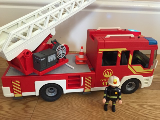 Playmobil light and sound fire engine