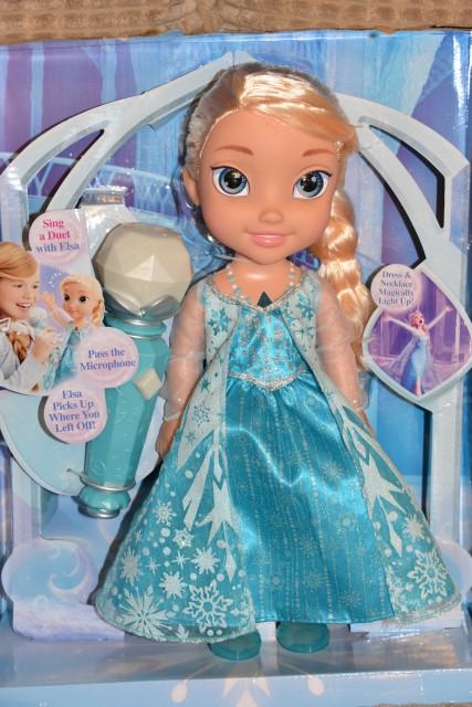 Sing a long Elsa