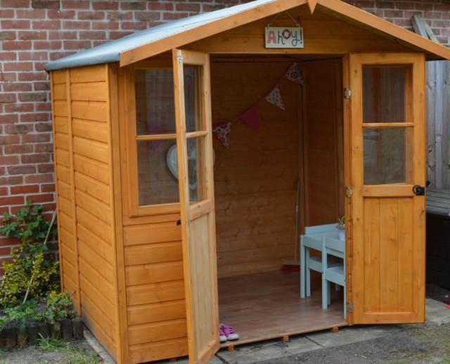kids summerhouse