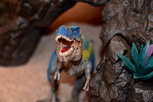 Schleich Giant Volcano Set T -Rex