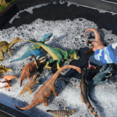 Dinosaurs from Schleich – Dinosaur Play Ideas